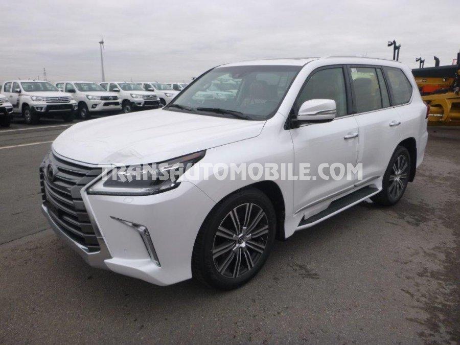 Import / export Lexus  LX 570 5.7L Essence Automatique EURO6