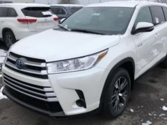 Export Toyota Highlander LE AWD