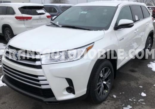 Toyota Highlander LE AWD Essence