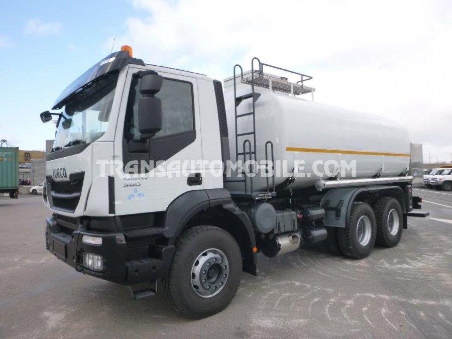 Iveco TRAKKER AD380T38WH Gasóleo  20 000 L  (2018)