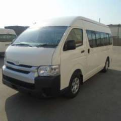 Toyota Hiace HIGH ROOF / TOIT HAUT Turbo Diesel  16 SEATS   (2019) RHD