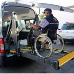 Import / export Toyota Toyota Hiace HIGH ROOF / TOIT HAUT Turbo Diesel  Wheel chair/ disabled  (2019) - Afrique Achat
