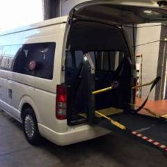 Toyota Hiace HIGH ROOF / TOIT HAUT Turbo Diesel  Wheel chair/ disabled  (2019) RHD
