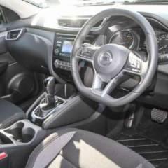 Nissan QASHQAI  Benzine   RHD