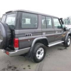 Toyota Land Cruiser 76 Station Wagon Turbo Diesel VDJ V8 LIMITED