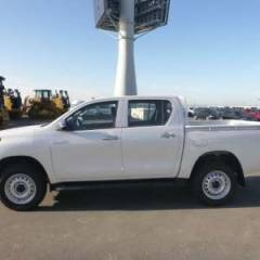 Toyota Hilux / Revo Pick up double cabin Turbo Diesel Medium 2020  (2019)