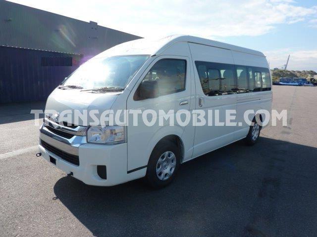 Toyota Hiace HIGH ROOF / TOIT HAUT Turbo Diesel  14 SEATS   (2020) RHD