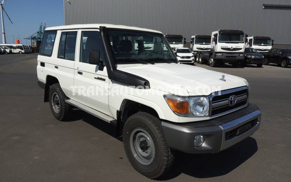 Import / export Toyota Land Cruiser 76 Station Wagon HZJ 76 4.2L DIESEL