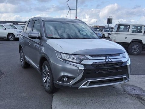 Export Mitsubishi - Advertenties export Mitsubishi outlander  4wd, nieuw of tweedehands -  Export Mitsubishi outlander  4wd