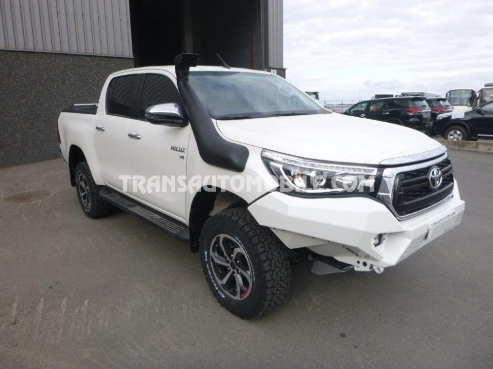 Toyota Hilux / Revo Pick up double cabin Gasolina TRD VERSION OFFROAD   (2020)