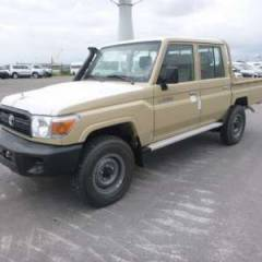 Import / export Toyota Toyota Land Cruiser 79 Pick up Diesel HZJ 79 Double cabin  - Afrique Achat