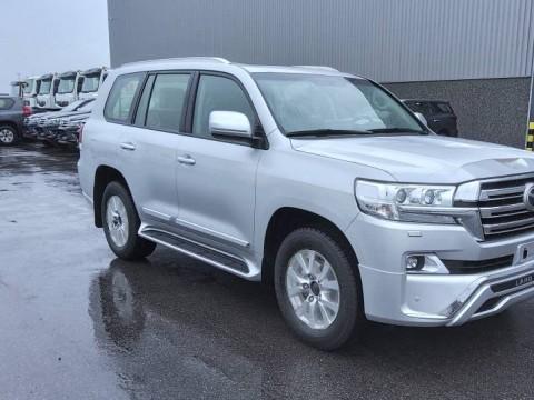 Export Toyota Land Cruiser 200 V8 Station Wagon