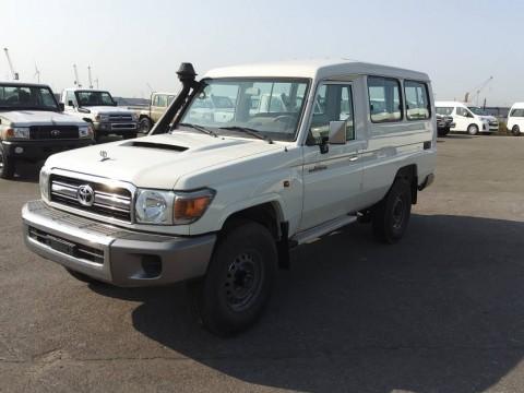 Export Toyota Land Cruiser 78 Metal top