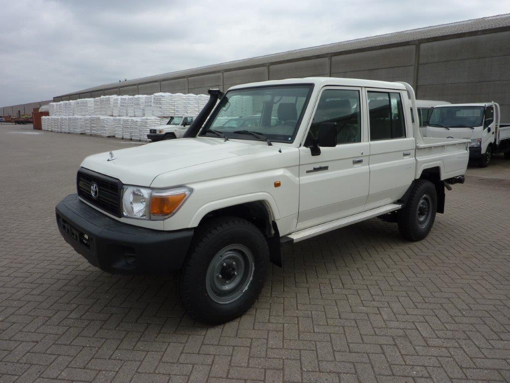 TOYOTA Land Cruiser Pick Up 4x4 79 Pick up 4.2L HZJ 79  DOUBLE CABIN AB