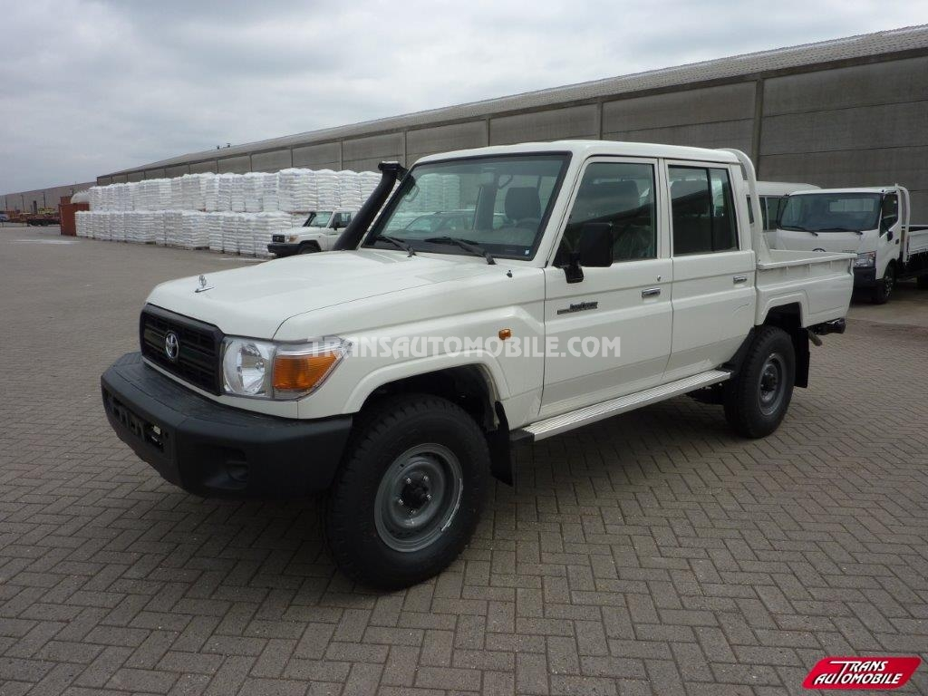 Double cabine Toyota Land Cruiser 2014