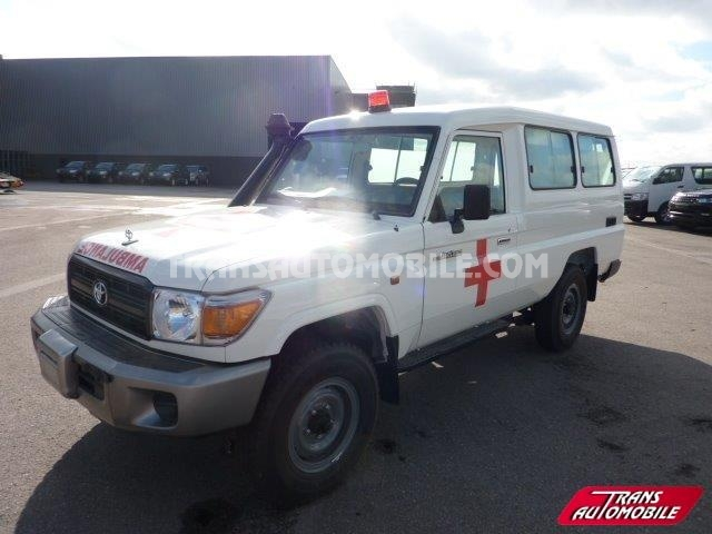 Toyota Land Cruiser 78 Metal top Diesel HZJ 78 Ambulance
