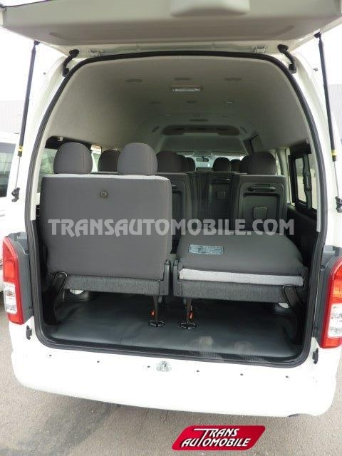 hiace neuf vendre 78 toyota afrique. Black Bedroom Furniture Sets. Home Design Ideas
