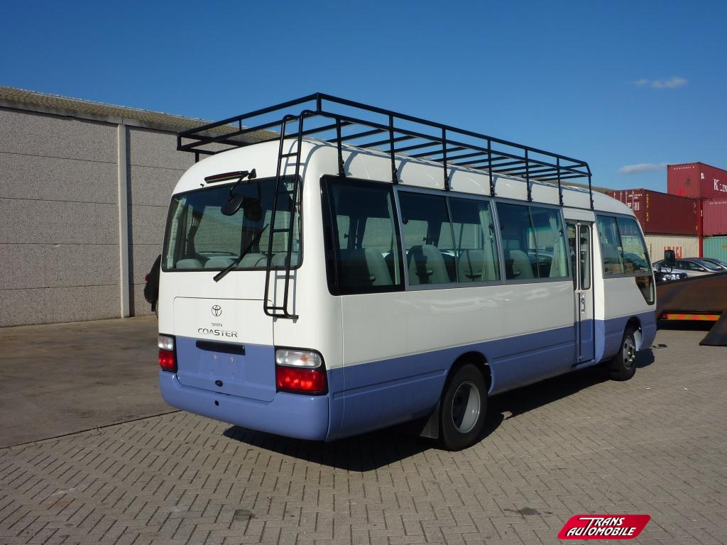 prix toyota coaster 29 seats toyota afrique export 38. Black Bedroom Furniture Sets. Home Design Ideas