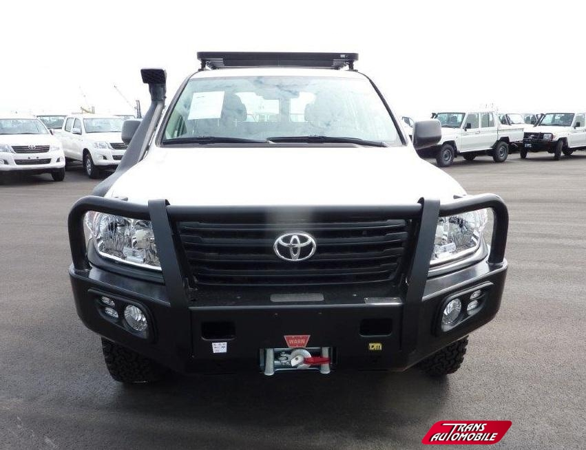 pare buffle occasion toyota land cruiser. Black Bedroom Furniture Sets. Home Design Ideas